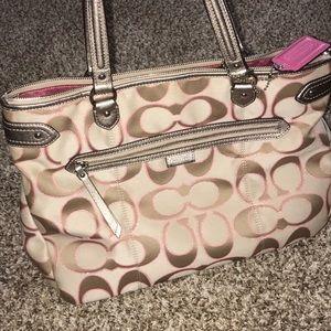 Authentic coach handbag/purse